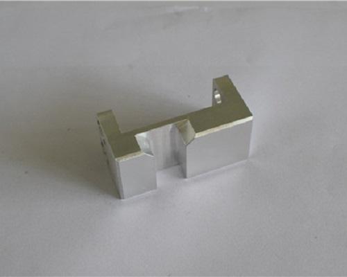 機械加工部品  アルミアルマイト