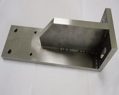 溶接部品 精密機械加工