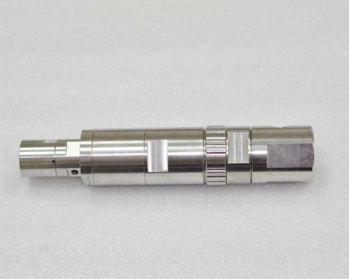 精密機械加工 複合旋盤で加工 SUS304
